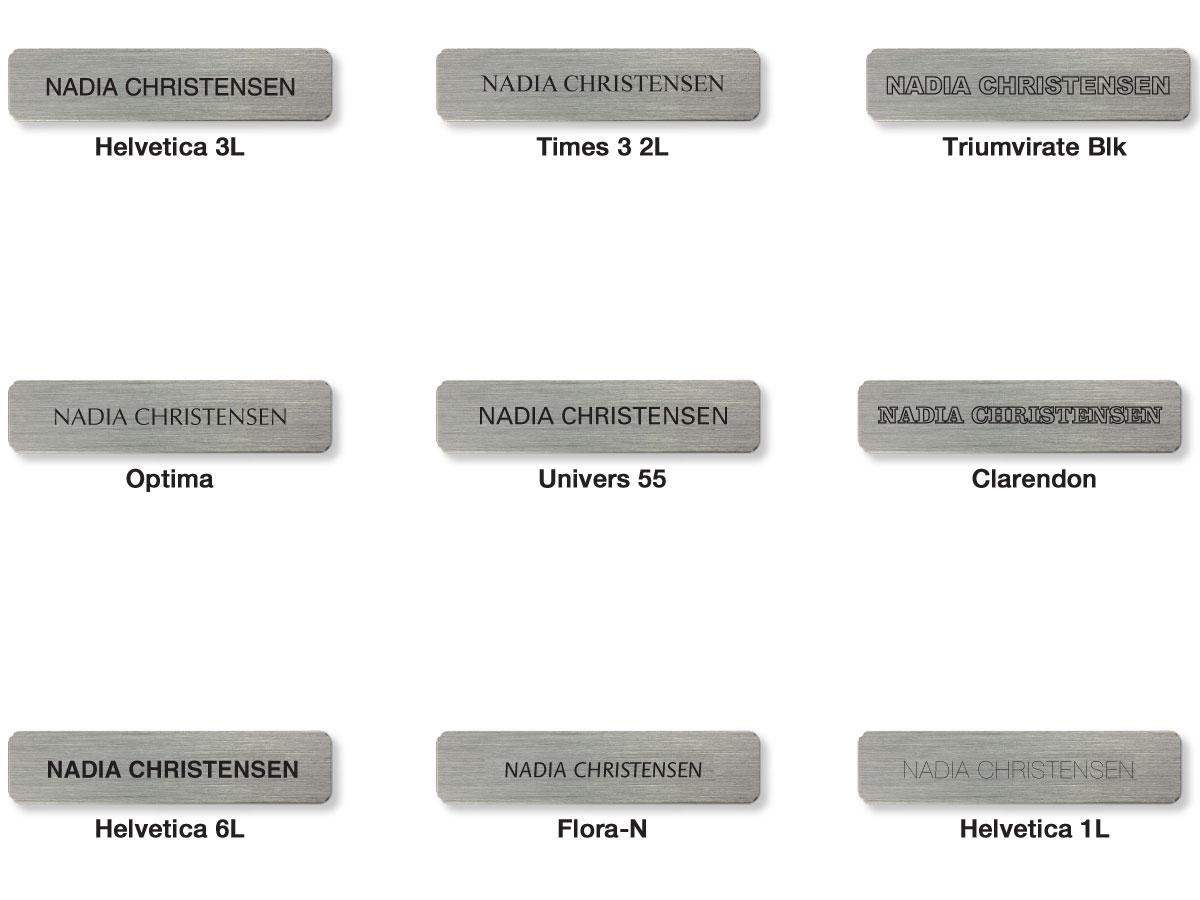 Billede af forskellige eksempler på graveringsfonde som kan vælges hos Jydsk Emblem Fabrik når man køber gravering.